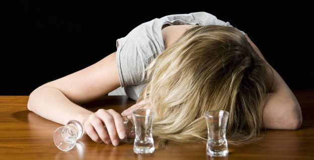 how to stop drinking alcohol alone2
