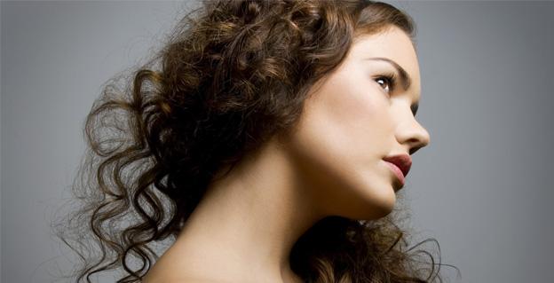 красивые вьющиеся волосы